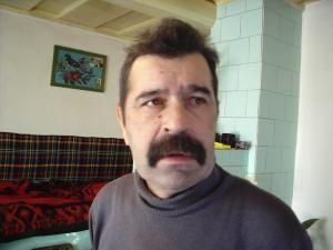 Vasile Ciornobreuciuc neagă că şi-ar lovi mama şi spune că aceasta este cea care-i vrea răul