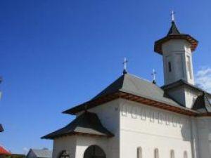 """Burdujeni: 23 noiembrie, Sfinţirea Bisericii """"Izvorul Tămăduirii"""""""