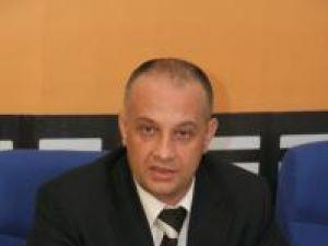 """Alexandru Băişanu: """"Eu, spre deosebire de contracandidaţii mei, le-am demonstrat oamenilor că pot să fac treabă în folosul tuturor cetăţenilor"""""""