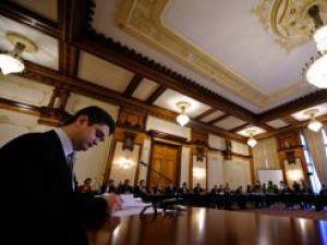 Theodor Paleologu, nominalizat pentru funcţia de ministru al Culturii, Cultelor si Patrimoniului Naţional, este audiat de comisiile parlamentare de specialitate, la Palatul Parlamentului. RAZVAN CHIRITA / MEDIFAX