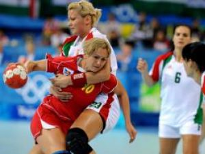 Handbalistele noastre speră să se întoarcă din Danemarca cu o medalie