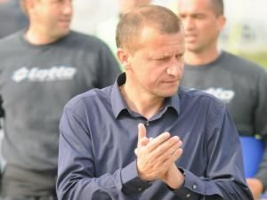 Dorinel Munteanu este lider nesperat în Liga I