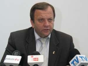 """Gheorghe Flutur: """"Şi pentru mine, ca preşedinte de Consiliu Judeţean, este una din cele mai importante investiţii, este poarta de intrare în judeţul Suceava"""""""