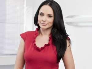 Andreea Marin susţine campania împotriva violenţei în familie