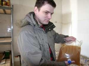 Andrei Moroşanu afirmă că produsul nu conţine nici conservanţi şi nici acidifianţi