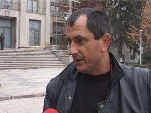"""Stelică Buzec: """"Mă întorc acasă după o zi de umblat pe drumuri şi după umilinţe şi frustrări incredibile, nu ştiu cum să mai procedez"""""""