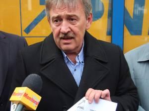 """Marius Ursaciuc: """" Am aflat cu mirare că sediile PNL din unele localităţi s-au privatizat"""""""
