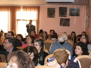 A XXV-a călătorie prin lumea eminesciană a început ieri, la Suceava, în prezenţa unor distinşi oameni de cultură