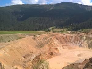 Așa arată locul de unde s-a extras minereu de sulf