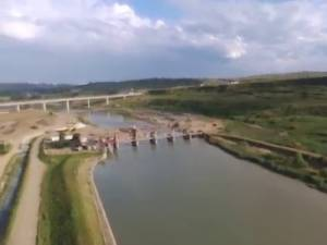 Acumularea de apă de la Mihoveni va fi golită marţi