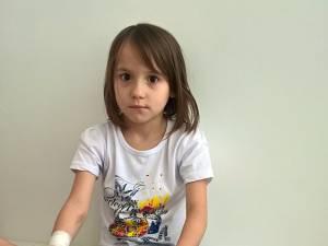 Ileana are doar 7 ani și are nevoie de plămâni noi