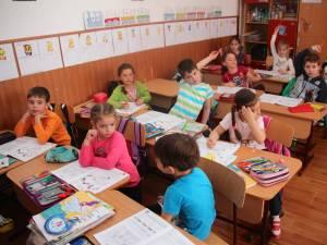 Elevii, părinții și profesorii pot face propuneri cu privire la calendarul anului școlar 2018-2019
