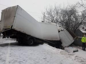 Un bărbat a murit vineri într-un accident grav, la Băișești-Cornu Luncii