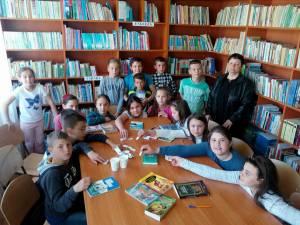 """Eveniment """"Ziua Bibliotecarului"""", marcată la Liceul Tehnologic """"Ștefan cel Mare"""" Cajvana"""