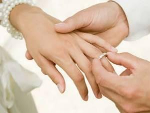 Cum să ne hotărâm dacă să ne angajăm într-o parte sau alta, dacă să ne căsătorim sau nu?