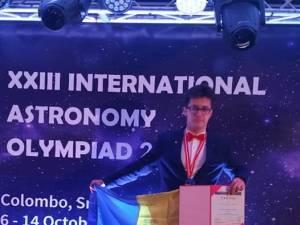 Premiu consistent oferit de Primăria Suceava elevului David Turturean pentru medalia de aur obţinută la Olimpiada Internaţională de Astronomie