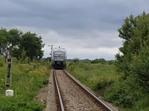 Trenul spre Putna s-a defectat în câmp, la Milișăuți
