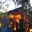 O gospodărie din Frătăuții Vechi s-a făcut scrum în urma unui incendiu devastator