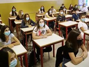 Aproape 5.000 de elevi suceveni vor susține probele scrise ale Examenului de evaluare națională