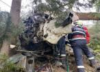 O cisternă încărcată cu lapte s-a răsturnat, iar șoferul a murit